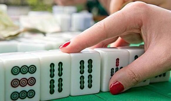 打麻将输牌的,几个技巧帮你砸场子